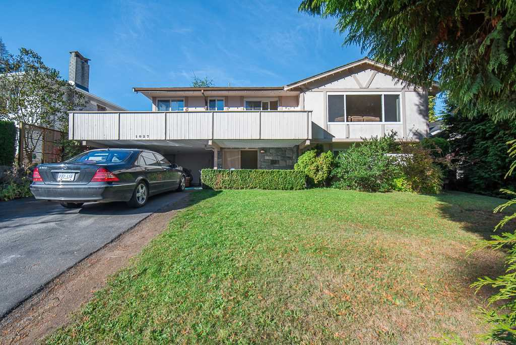 Main Photo: 1027 WALALEE DRIVE in : English Bluff House for sale : MLS®# R2317216