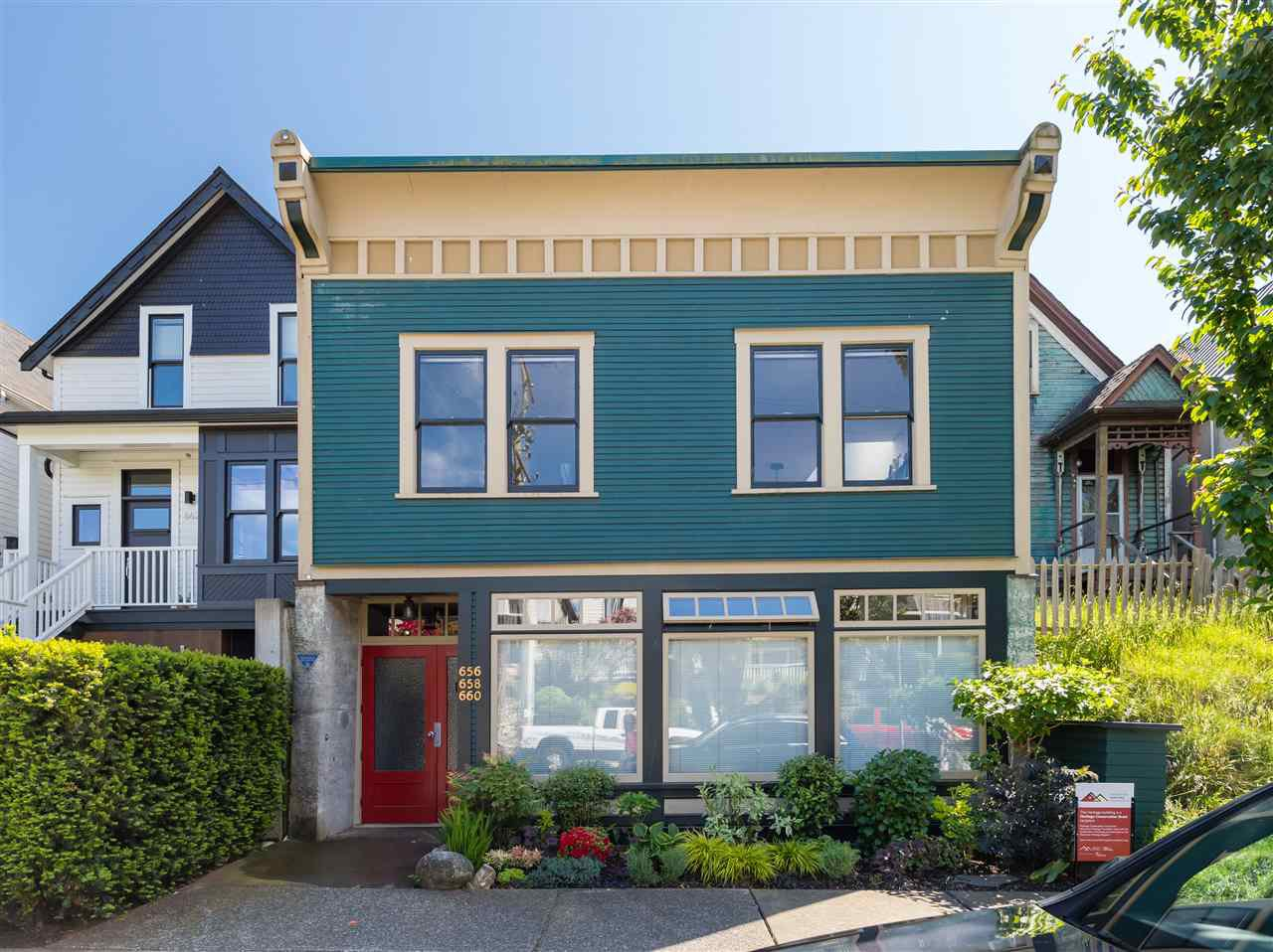Photo 12: Photos: 660 UNION STREET in Vancouver: Strathcona Townhouse for sale (Vancouver East)  : MLS®# R2457114