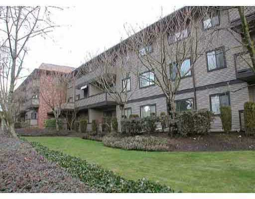 """Main Photo: 202 535 BLUE MOUNTAIN ST in Coquitlam: Central Coquitlam Condo for sale in """"REGAL COURT"""" : MLS®# V583930"""
