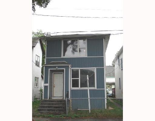 Main Photo: 286 Boyd Ave: Residential for sale : MLS®# 2815233