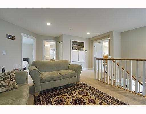 Photo 7: Photos: 71 CLIFFWOOD DR in Port Moody: House for sale : MLS®# V733523