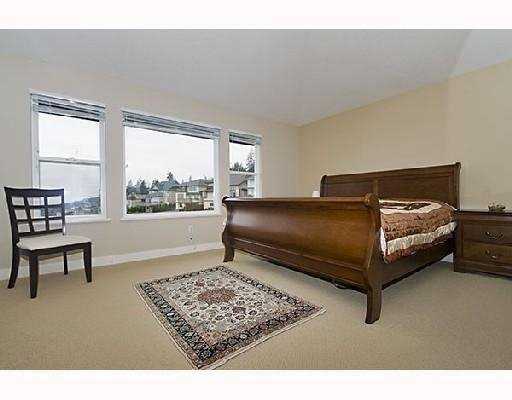 Photo 8: Photos: 71 CLIFFWOOD DR in Port Moody: House for sale : MLS®# V733523