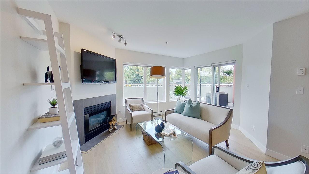 Main Photo: 113 3250 W BROADWAY in Vancouver: Kitsilano Condo for sale (Vancouver West)  : MLS®# R2474235