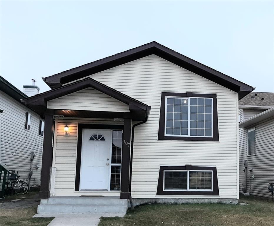 Main Photo: 107 Taravista Drive NE in Calgary: Taradale Detached for sale : MLS®# A1041603