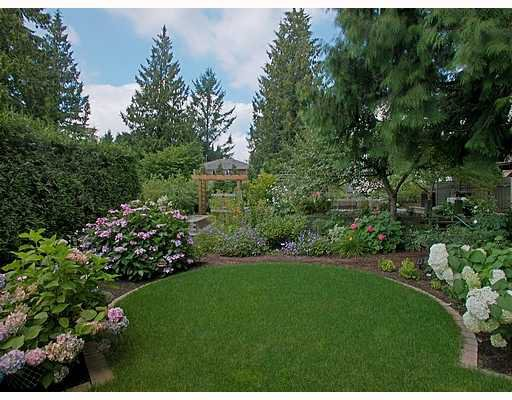 Photo 1: Photos: 605 CHAPMAN Avenue in Coquitlam: Coquitlam West House for sale : MLS®# V706820