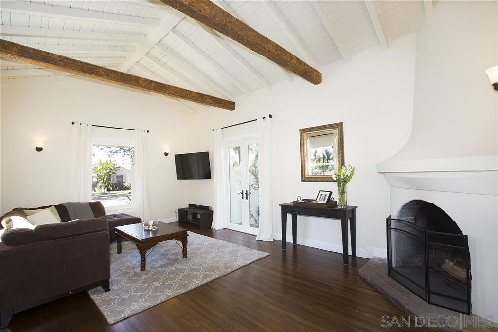 Main Photo: SAN DIEGO House for sale : 3 bedrooms : 4777 Rolando Blvd