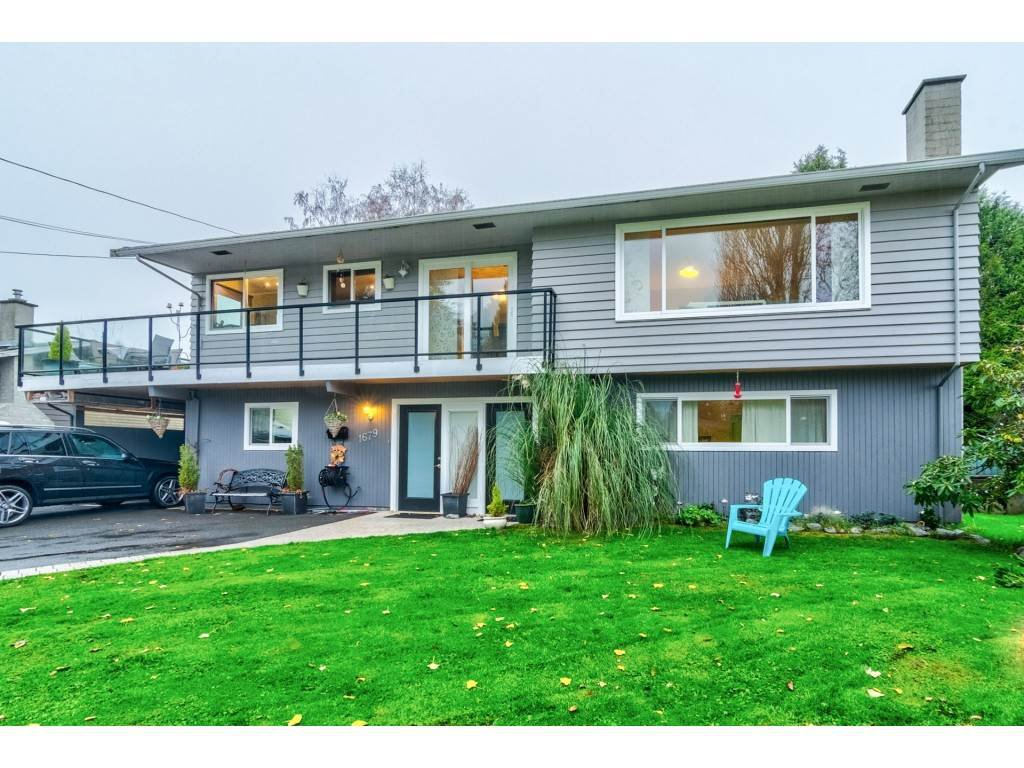 Main Photo: 1679 57 Street in Delta: Beach Grove House for sale (Tsawwassen)  : MLS®# R2478309