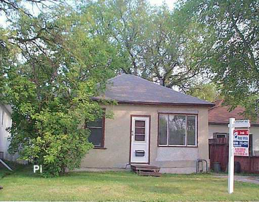 Main Photo: 64 WORTHINGTON Avenue in Winnipeg: St Vital Single Family Detached for sale (South East Winnipeg)  : MLS®# 2611586