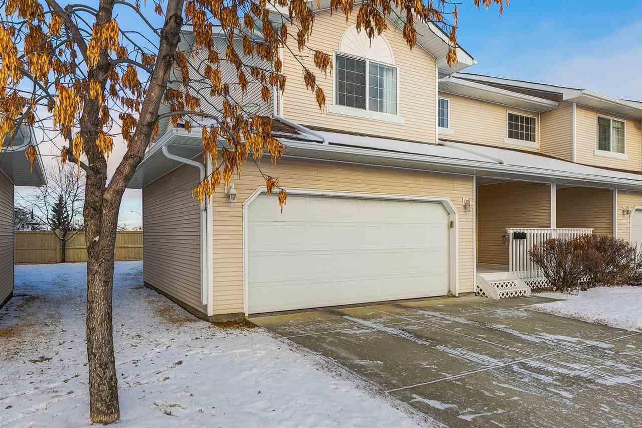 Main Photo: 28 6608 158 Avenue in Edmonton: Zone 28 Townhouse for sale : MLS®# E4181088