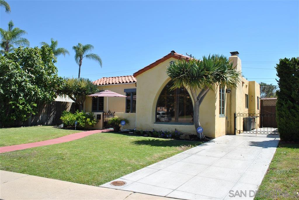Main Photo: KENSINGTON House for sale : 3 bedrooms : 4971 Kensington Dr in San Diego