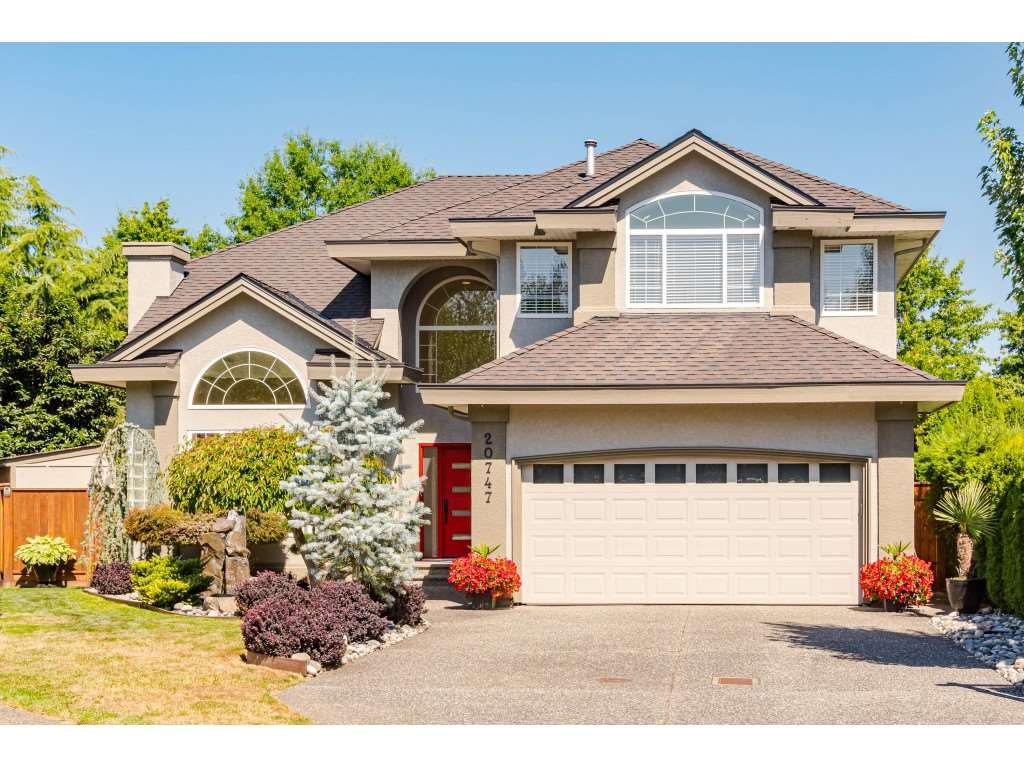 "Main Photo: 20747 91A Avenue in Langley: Walnut Grove House for sale in ""Greenwood Estates - Central Walnut Grove"" : MLS®# R2488404"