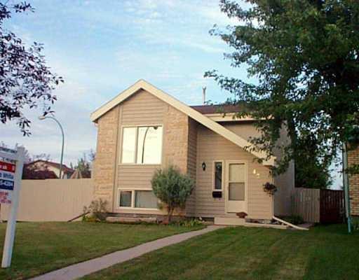 Main Photo: 43 BROTMAN Bay in Winnipeg: St Vital Single Family Detached for sale (South East Winnipeg)  : MLS®# 2513061