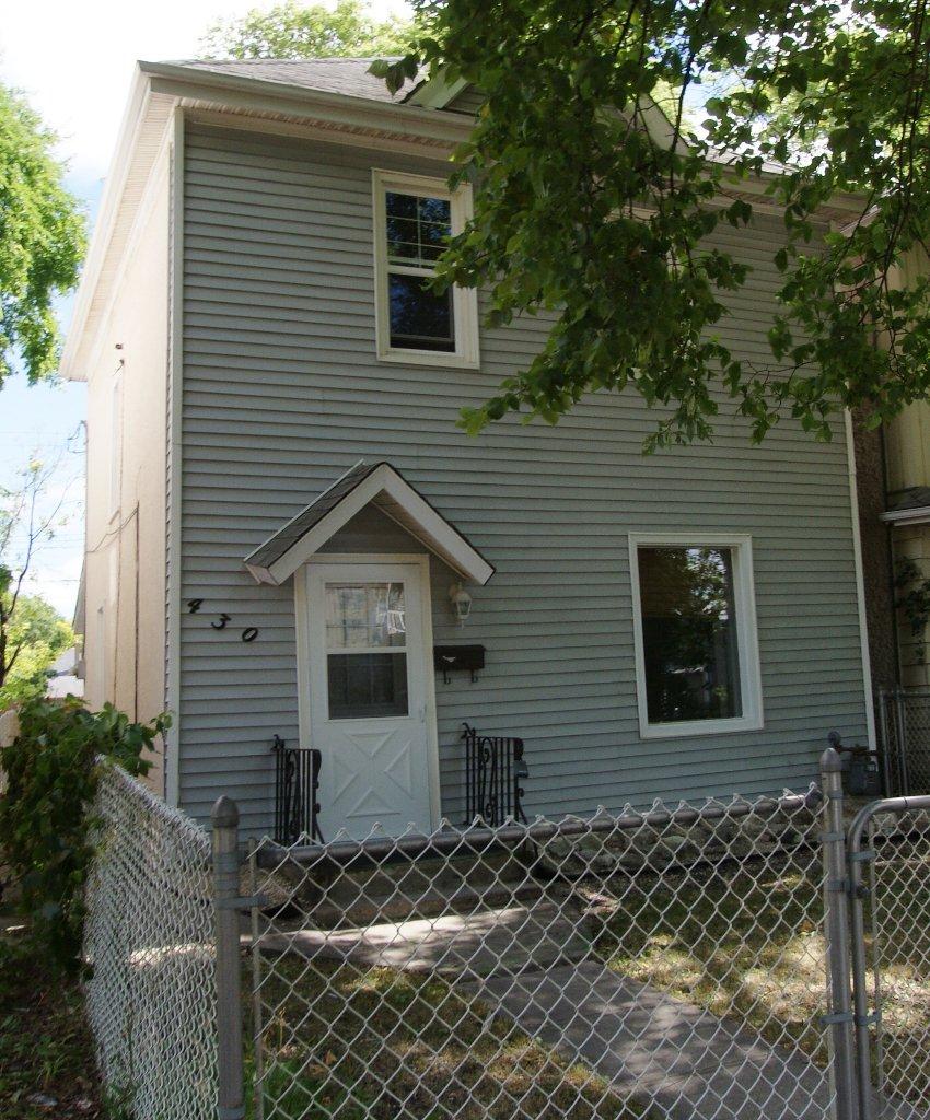 Main Photo: 430 Glasgow Avenue in Winnipeg: Residential for sale : MLS®# 1114941