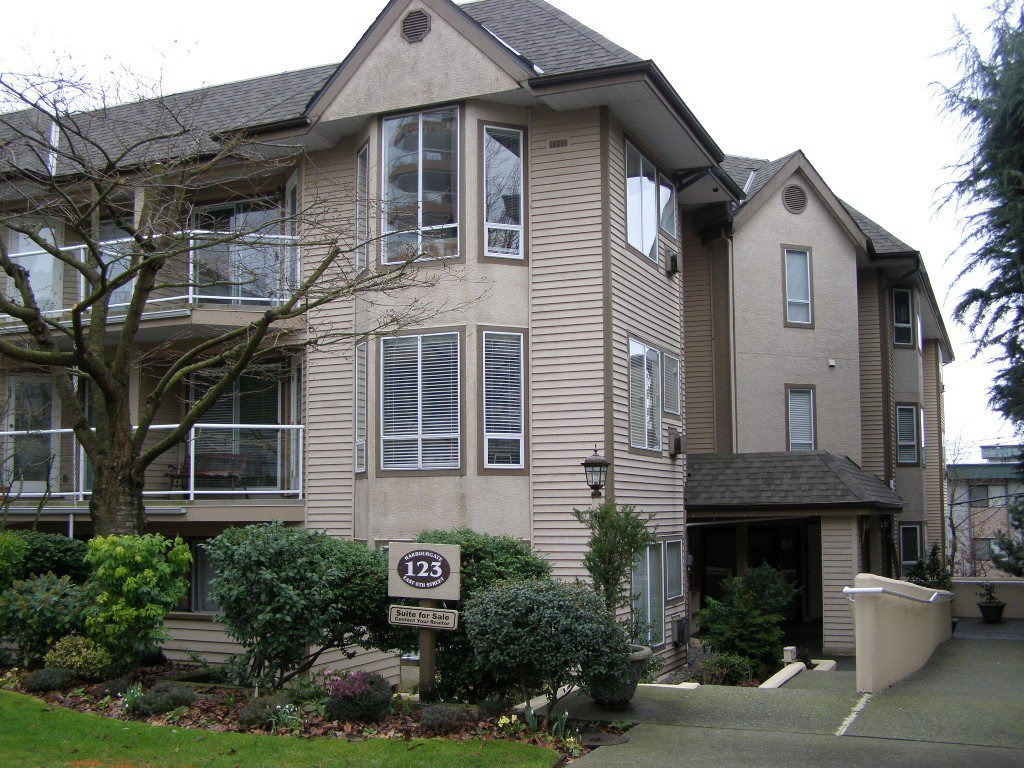 Main Photo: 102 123 E 6th Street in North Vancouver: Condo for sale : MLS®# V851116