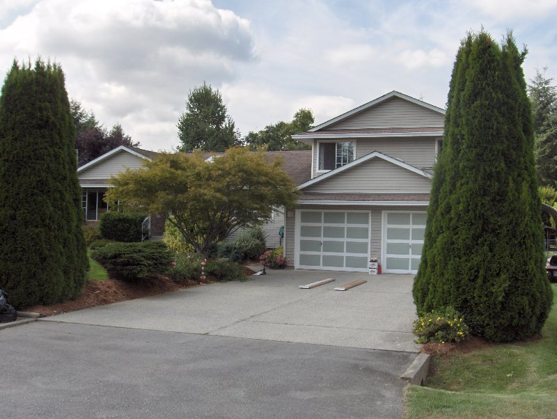 Main Photo: 5755 245A ST in Langley: Salmon River House for sale : MLS®# F2718862