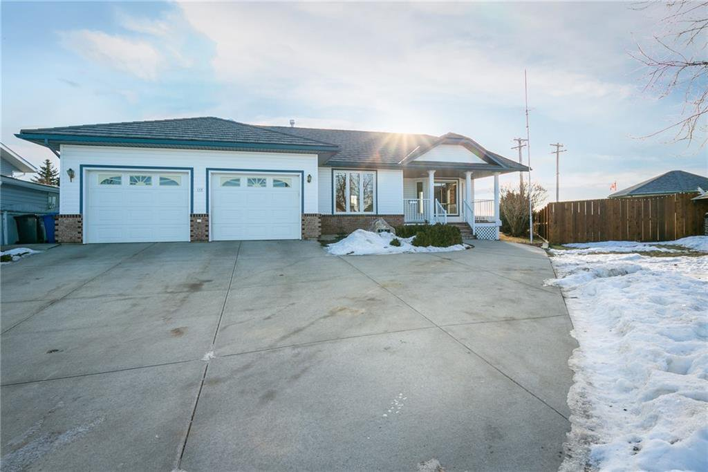Main Photo: 124 Harrison Court: Crossfield Detached for sale : MLS®# C4285577