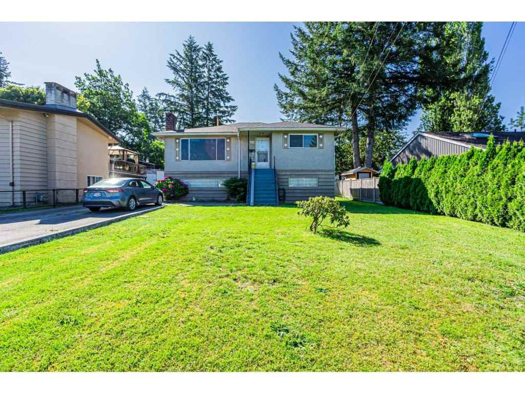 Main Photo: 14028 GROSVENOR Road in Surrey: Whalley House for sale (North Surrey)  : MLS®# R2475167