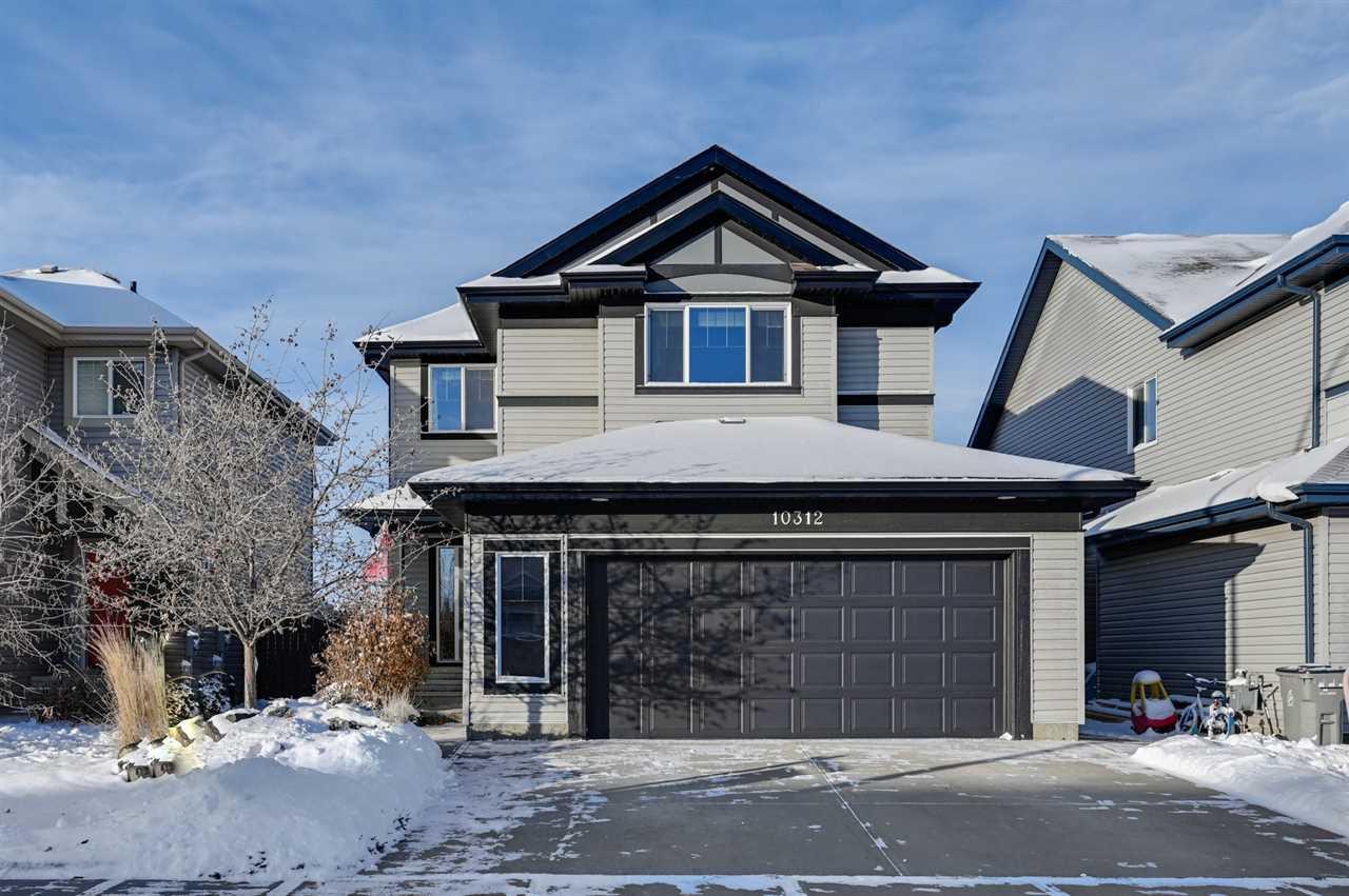 Main Photo: 10312 98 Street: Morinville House for sale : MLS®# E4220628