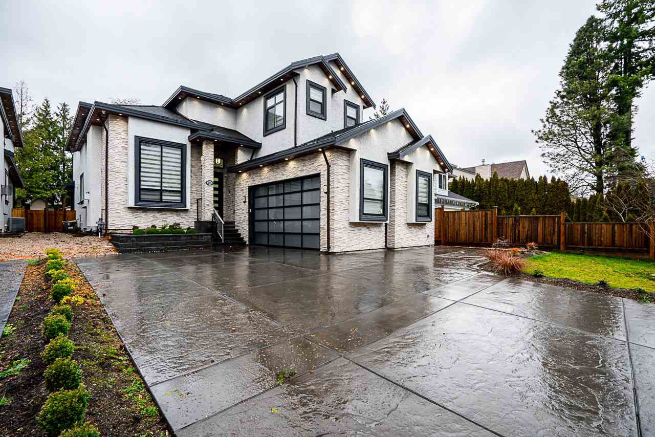 Main Photo: 2151 156 Street in Surrey: King George Corridor House for sale (South Surrey White Rock)  : MLS®# R2522913