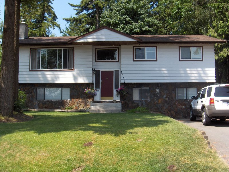 Main Photo: 3613 202 Street in Langley: House for sale : MLS®# F2903677