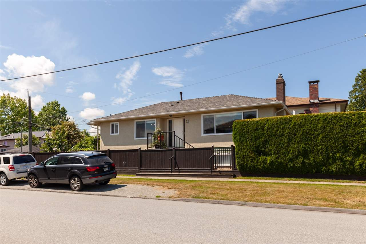Main Photo: 11 N CARLETON AVENUE in Burnaby: Vancouver Heights House for sale (Burnaby North)  : MLS®# R2389346