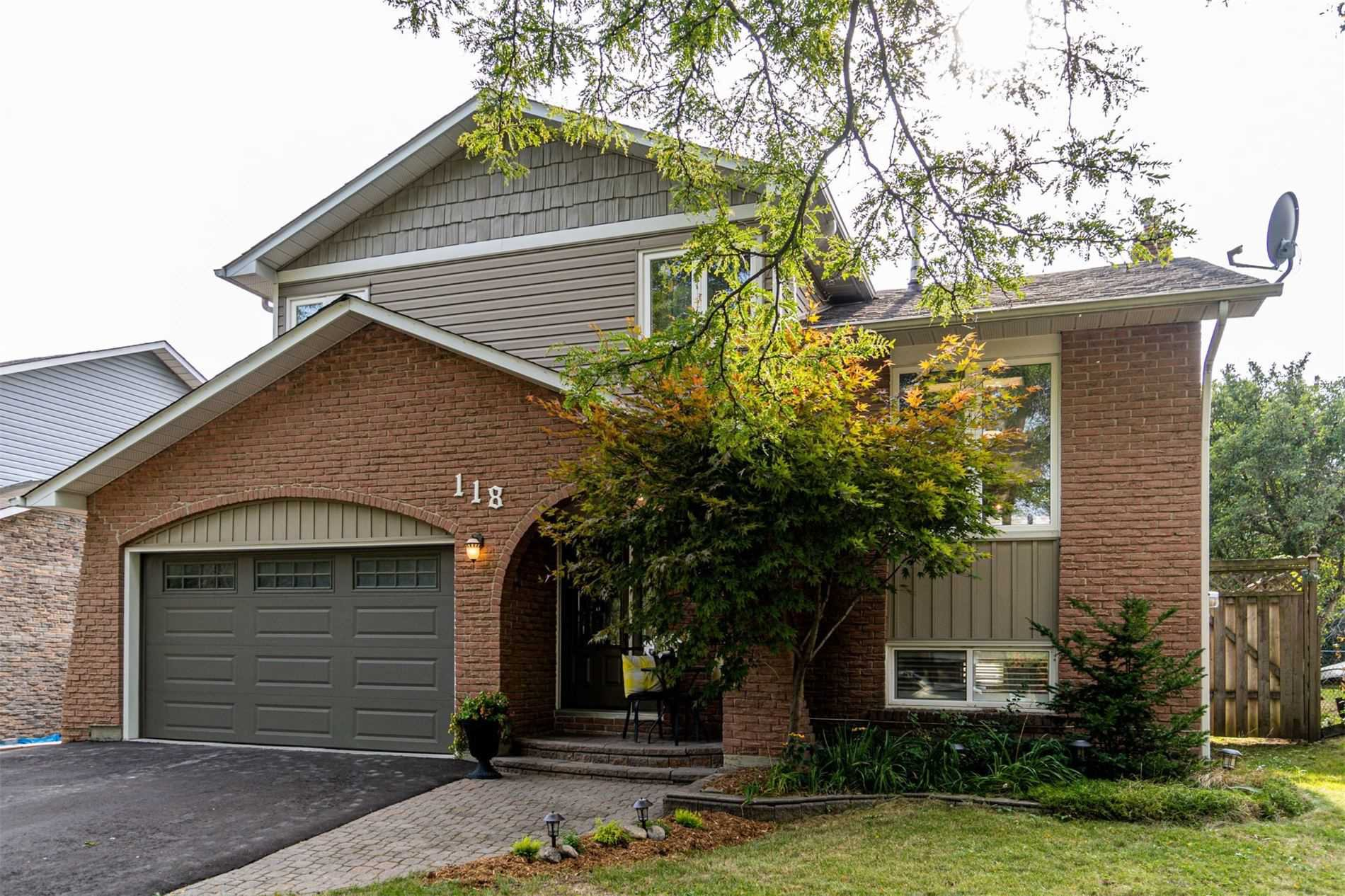 Main Photo: 118 Guthrie Crescent in Whitby: Lynde Creek House (Sidesplit 5) for sale : MLS®# E4896414