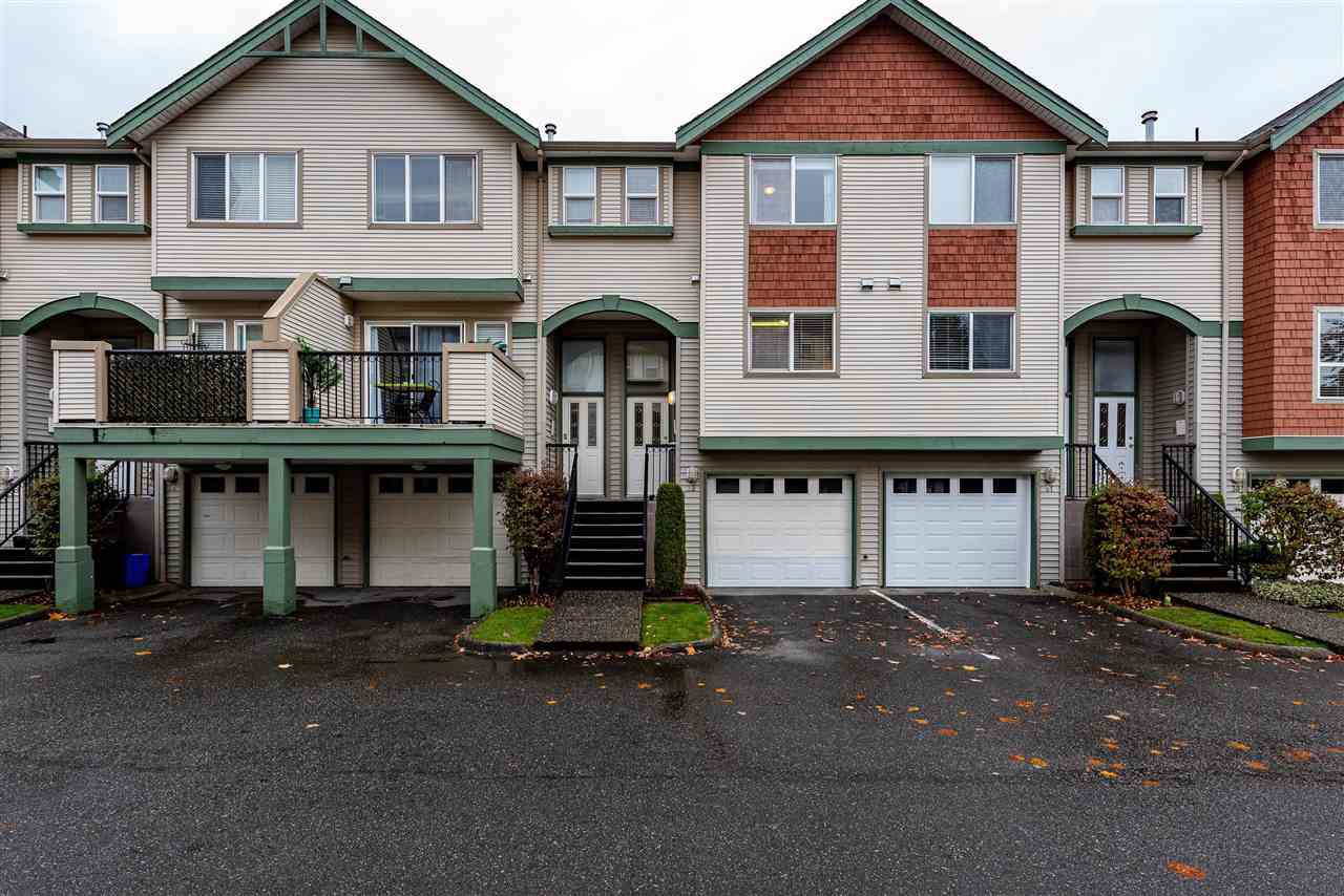 """Main Photo: 32 9470 HAZEL Street in Chilliwack: Chilliwack E Young-Yale Townhouse for sale in """"Hawthorn Place"""" : MLS®# R2418100"""