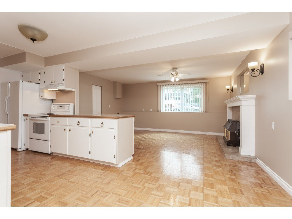 Photo 14: Photos: 27139 28A Avenue in Langley: Aldergrove Langley House for sale : MLS®# R2437213