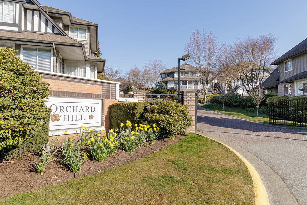 "Main Photo: 31 2615 FORTRESS Drive in Port Coquitlam: Citadel PQ Townhouse for sale in ""ORCHARD HILL"" : MLS®# R2447996"