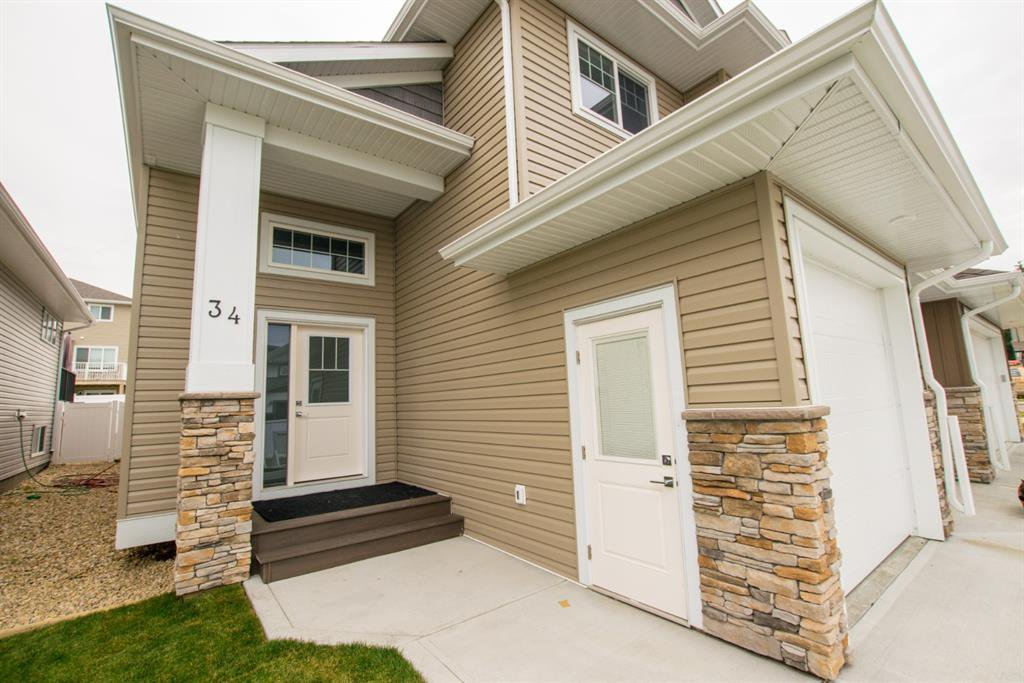 Photo 23: Photos: 34 N Cameron Close in Sylvan Lake: Crestview Residential for sale : MLS®# A1012845