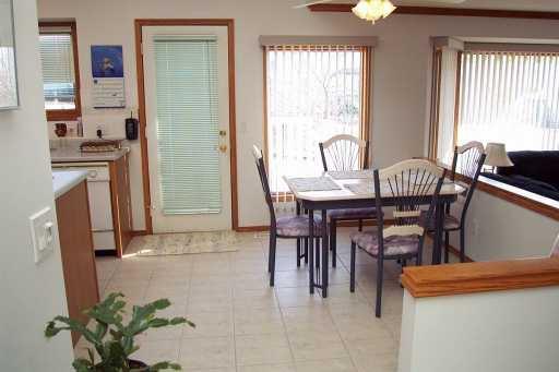 Photo 5: Photos:  in CALGARY: Douglasdale Estates Residential Detached Single Family for sale (Calgary)  : MLS®# C3208098