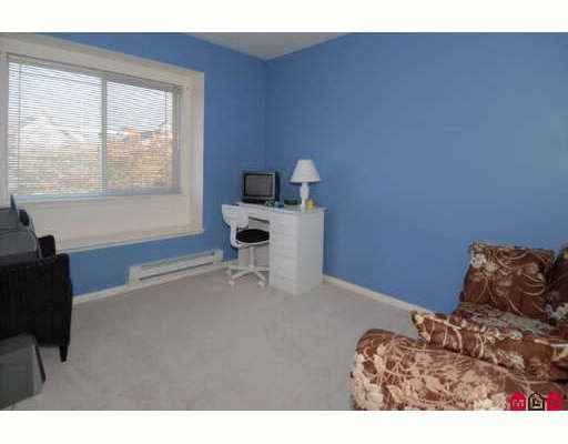 """Photo 8: Photos: 301 16233 82ND Avenue in Surrey: Fleetwood Tynehead Townhouse for sale in """"THE ORCHARDS"""" : MLS®# F2728086"""