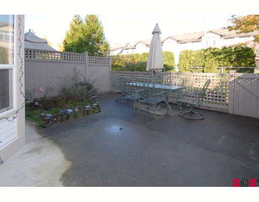 """Photo 10: Photos: 301 16233 82ND Avenue in Surrey: Fleetwood Tynehead Townhouse for sale in """"THE ORCHARDS"""" : MLS®# F2728086"""