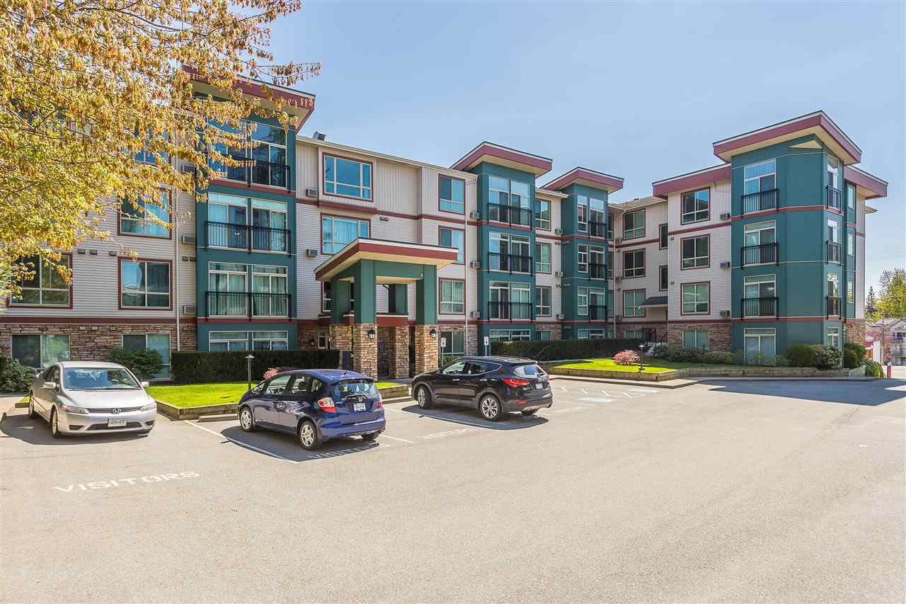 """Main Photo: 307 33485 SOUTH FRASER Way in Abbotsford: Central Abbotsford Condo for sale in """"Citadel Ridge"""" : MLS®# R2397217"""