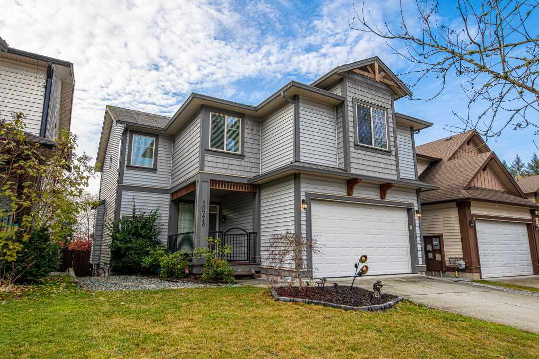 Main Photo: 10773 BEECHAM Place in Maple Ridge: Thornhill MR House for sale : MLS®# R2420334
