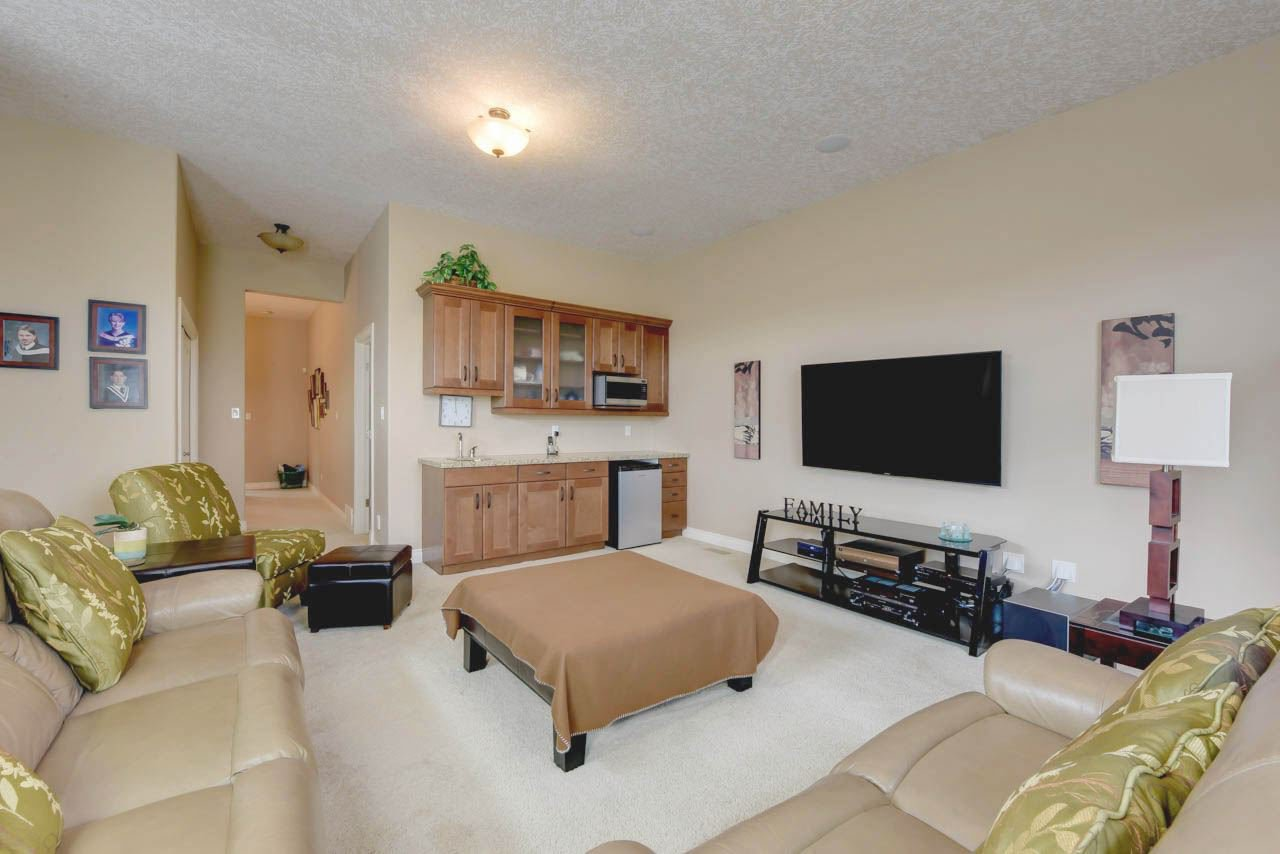 Photo 20: Photos: 1453 WOODWARD CR NW in Edmonton: Zone 22 House for sale