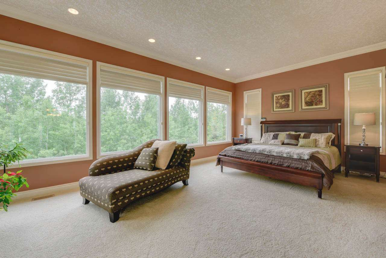 Photo 12: Photos: 1453 WOODWARD CR NW in Edmonton: Zone 22 House for sale