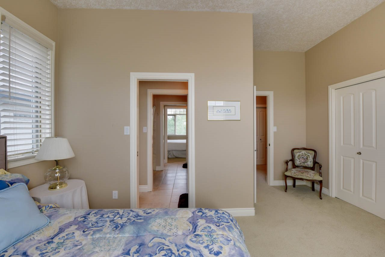 Photo 24: Photos: 1453 WOODWARD CR NW in Edmonton: Zone 22 House for sale