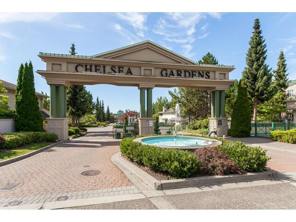 "Main Photo: 292 13888 70 Avenue in Surrey: East Newton Townhouse for sale in ""CHELSEA GARDENS"" : MLS®# R2481348"