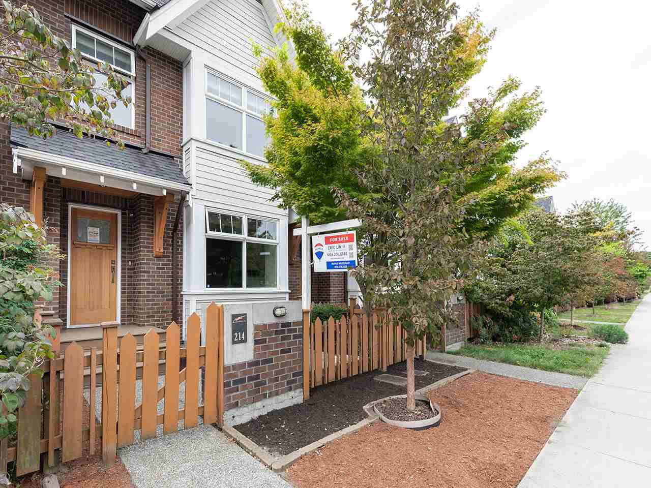 """Main Photo: 214 BROOKES Street in New Westminster: Queensborough Condo for sale in """"RED BOAT AT PORT ROYAL"""" : MLS®# R2488520"""