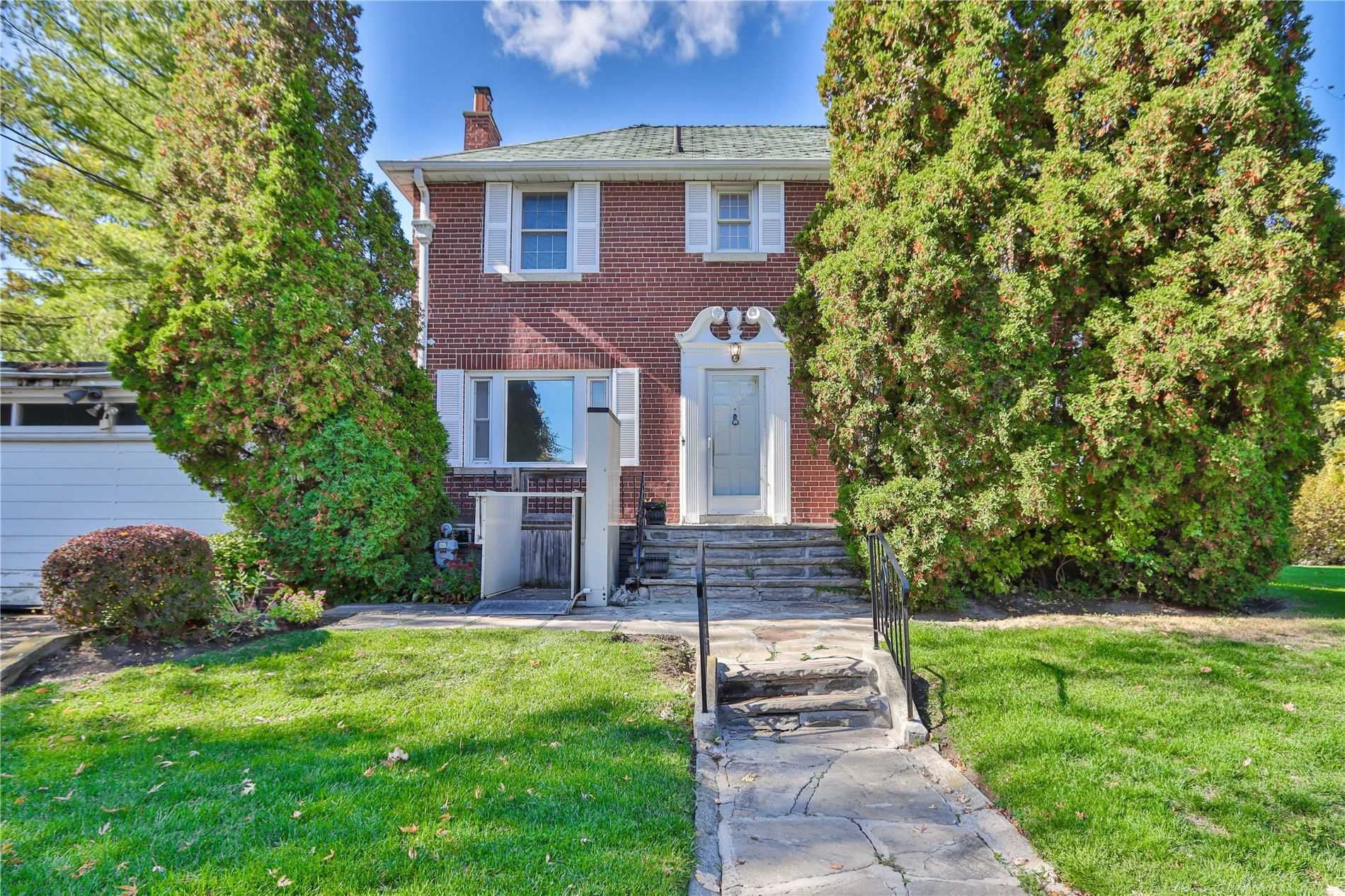 Main Photo:  in : Humewood-Cedarvale House (2-Storey) for sale (Toronto C03)  : MLS®# C4960694