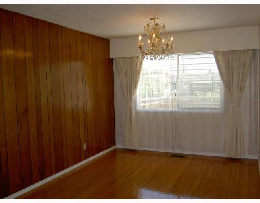 Photo 3: Photos: 7214 11TH Avenue in Burnaby: Edmonds BE House for sale (Burnaby East)  : MLS®# V659801