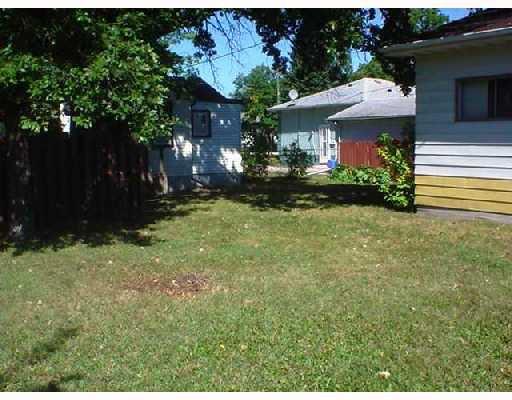 Photo 5: Photos: 12 WINGHAM Avenue in WINNIPEG: St Vital Single Family Detached for sale (South East Winnipeg)  : MLS®# 2715181