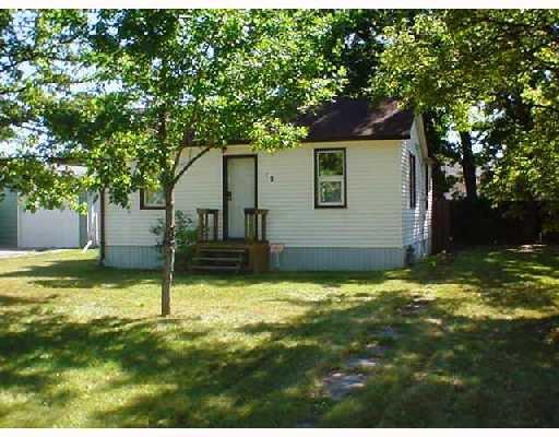 Photo 1: Photos: 12 WINGHAM Avenue in WINNIPEG: St Vital Single Family Detached for sale (South East Winnipeg)  : MLS®# 2715181