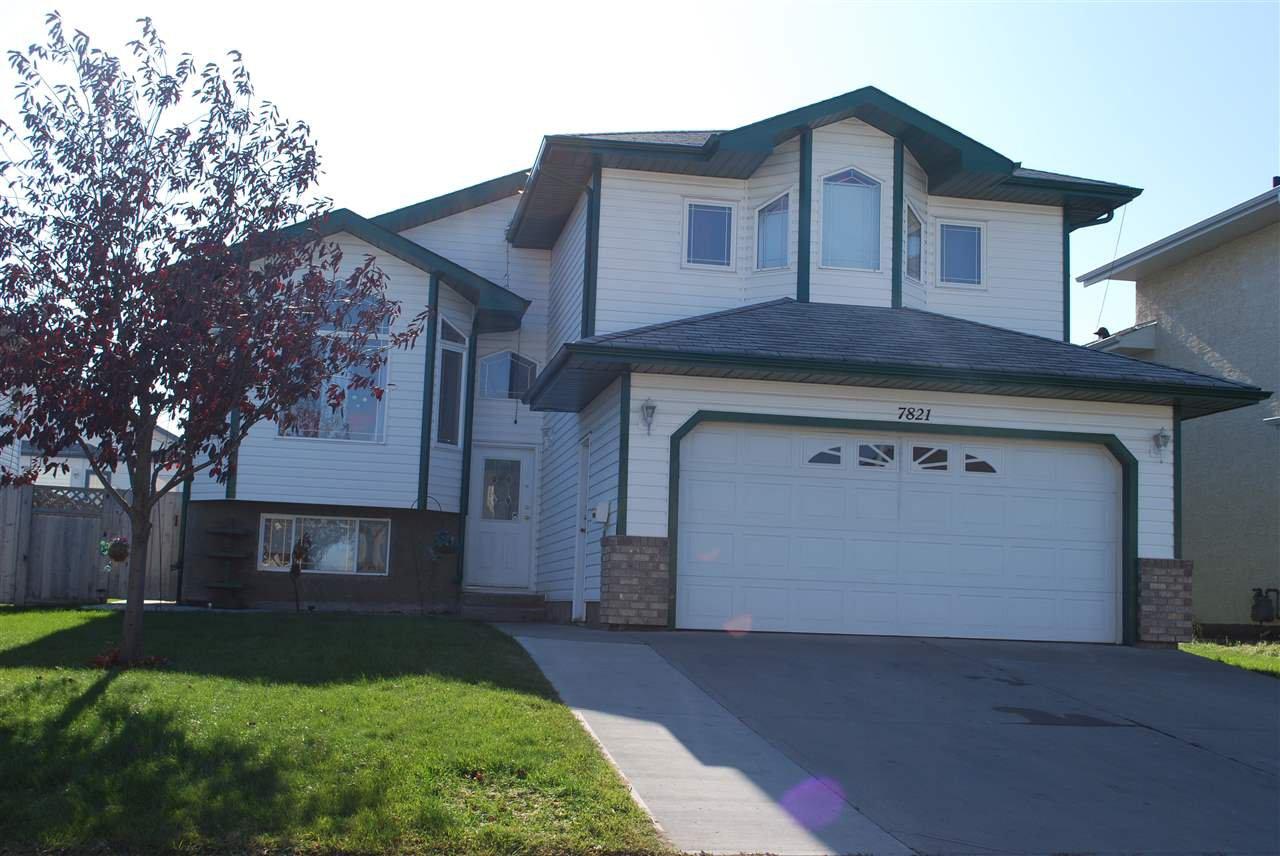 Main Photo: 7821 163 Avenue in Edmonton: Zone 28 House for sale : MLS®# E4176862