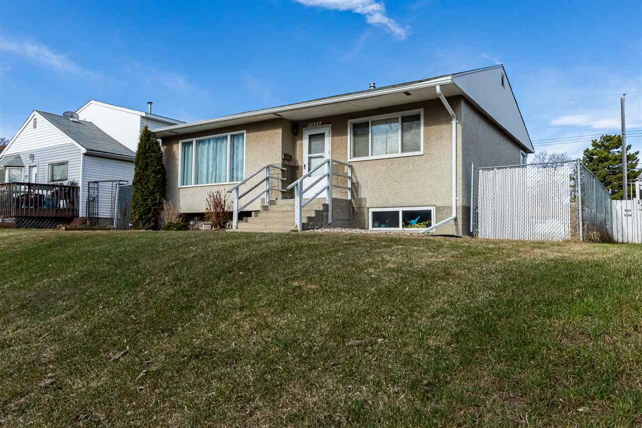 Main Photo: 11826 43 Street in Edmonton: Zone 23 House for sale : MLS®# E4195375