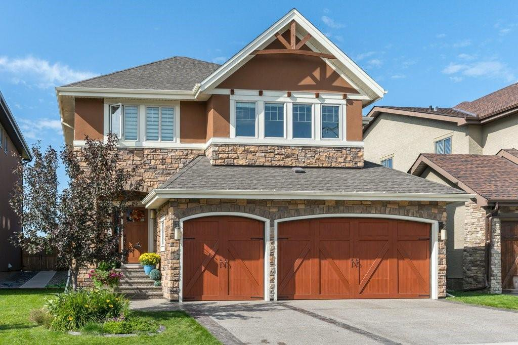 Main Photo: 168 ASCOT CR SW in Calgary: Aspen Woods House for sale : MLS®# C4268023