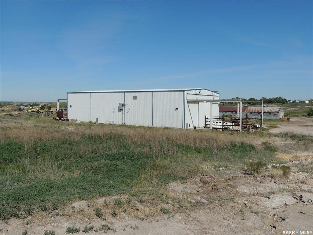 Main Photo: D & B Jensen Road in Estevan: Commercial for sale : MLS®# SK814837