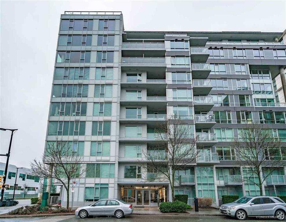 "Main Photo: 1004 1887 CROWE Street in Vancouver: False Creek Condo for sale in ""Pinnacle Living"" (Vancouver West)  : MLS®# R2512941"