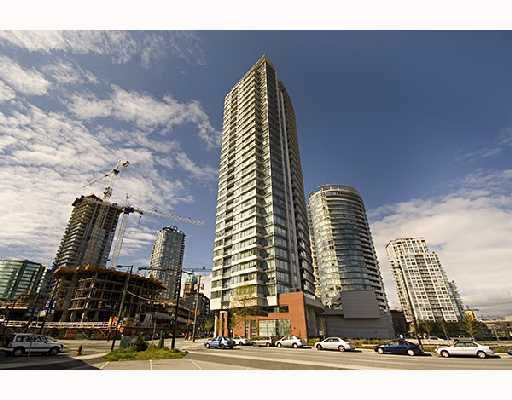 """Main Photo: 1009 688 ABBOTT Street in Vancouver: Downtown VW Condo for sale in """"FIRENZE II"""" (Vancouver West)  : MLS®# V707994"""